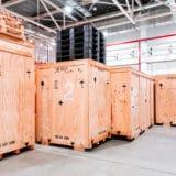 5 usos y beneficios del embalaje de madera en la industria